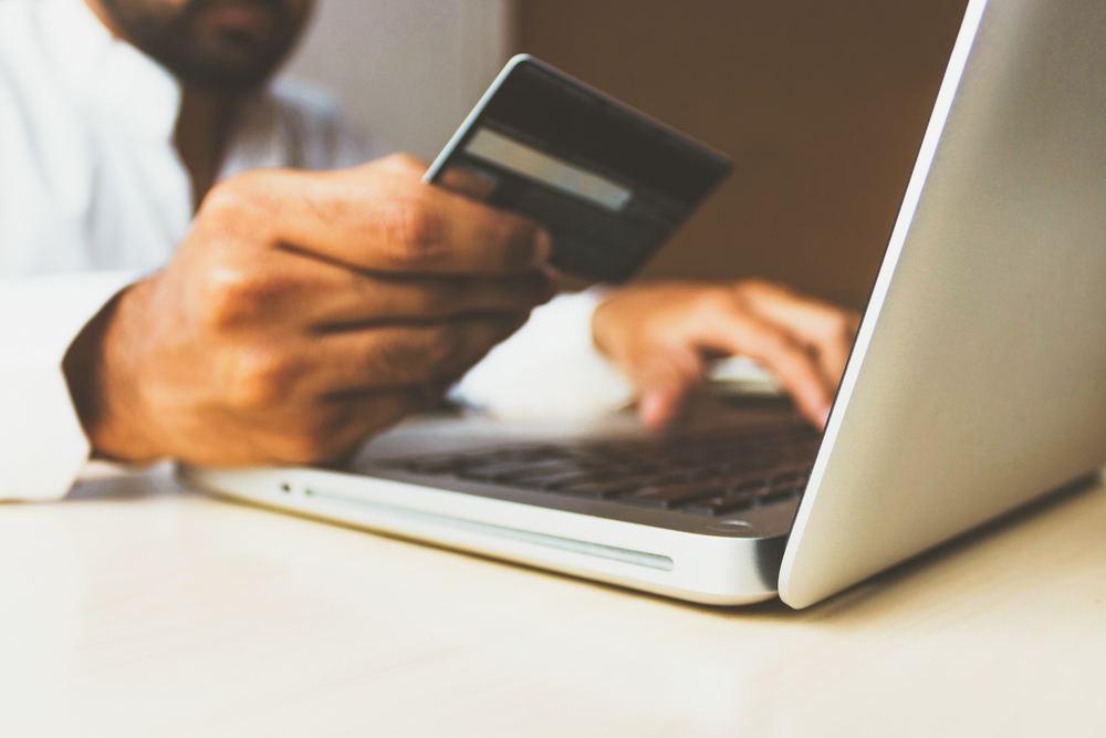 Lån penge hurtigt uden sikkerhed - find din låneudbyder online